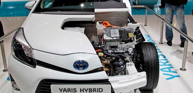 Toyota Hibrid'den Elektrikliye Geçiyor!