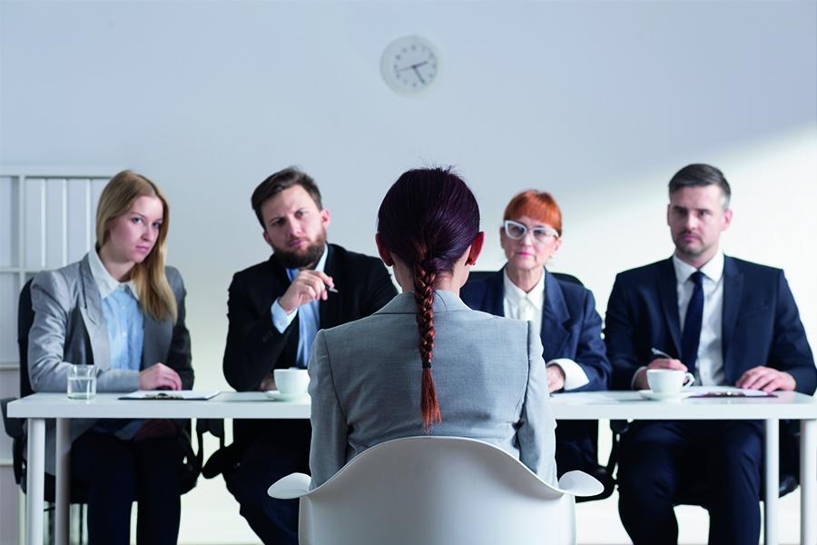 İş Görüşmesinde Kıyafet Tercihi Nasıl Olmalı?